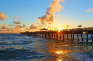 Image of a Florida pier at sunrise